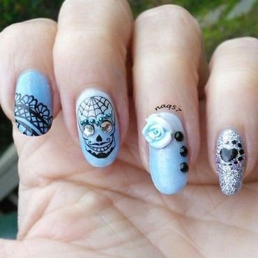 Blue Sugar Skull nail art by Nora (naq57)