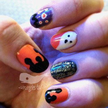 Spooky nails nail art by Cachalot