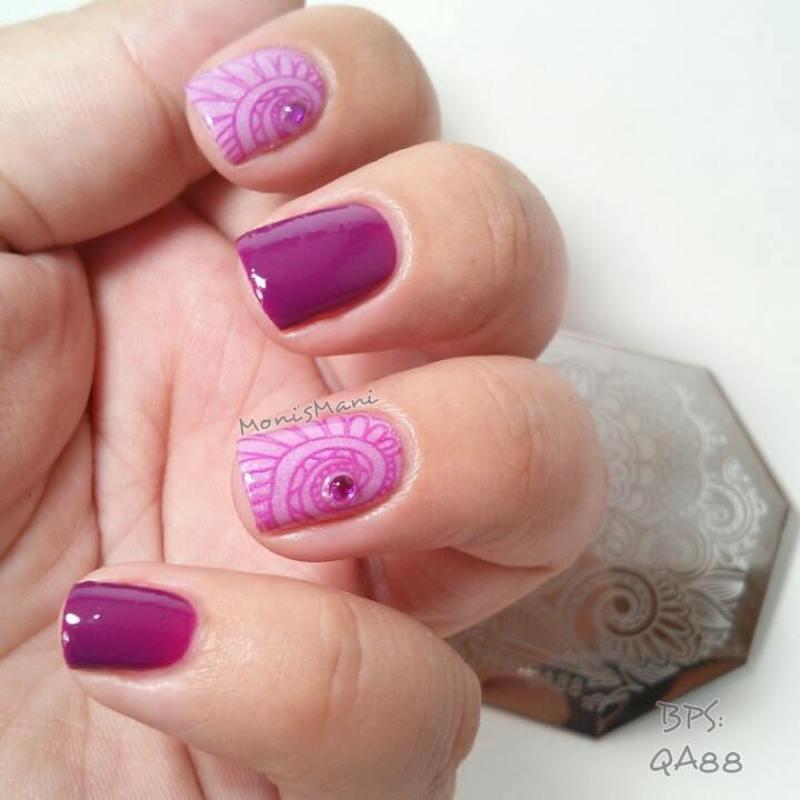 soft purple stamped nail art by Moni'sMani