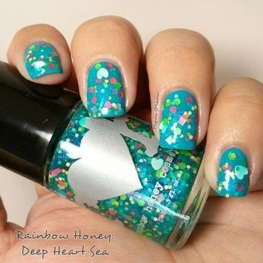 deep heart sea nail art by Moni'sMani