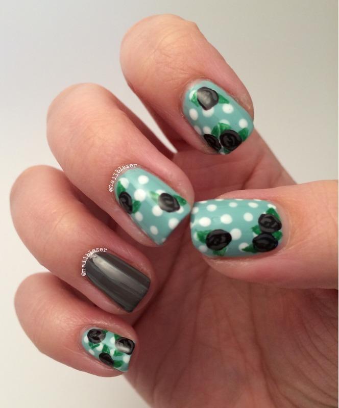 Super Sophie's Mint Roses nail art by Nailblazer