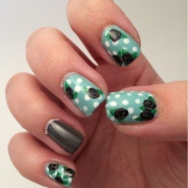 Super Sophie's Mint Roses nail art by Nailblazer