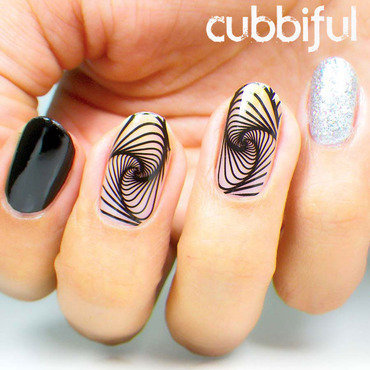 Negative Space Swirls nail art by Cubbiful