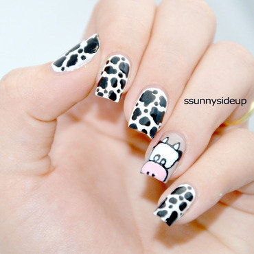 Do moo love me? nail art by ssunnysideup (Sabrina)