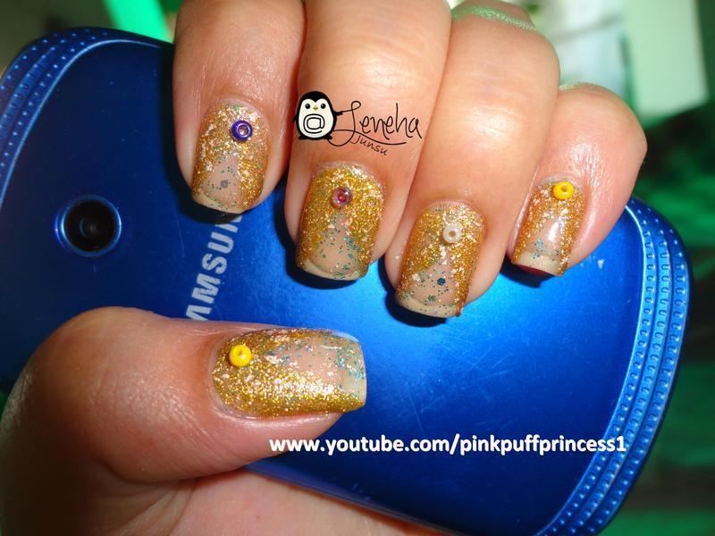 Negative Space Bling Bling Nail Art nail art by Leneha Junsu