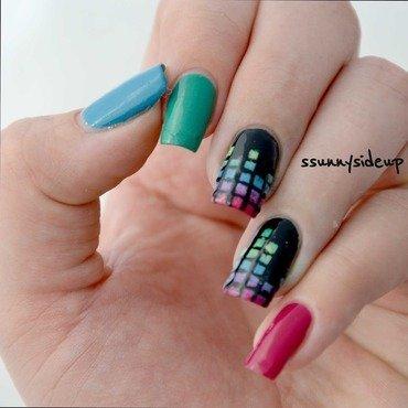Music equalizer nails  nail art by ssunnysideup (Sabrina)