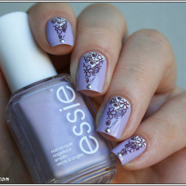 Stamping triangulisé force lilas nail art by Mary Monkett