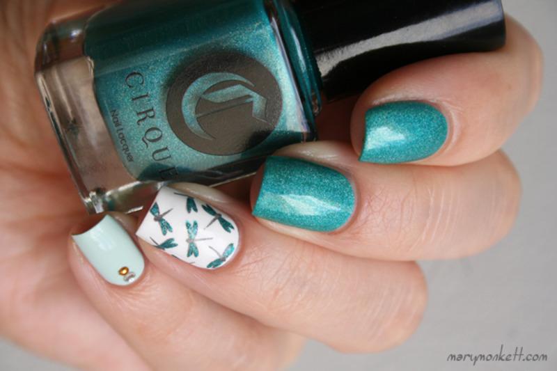 Cerrillos et libellules nail art by Mary Monkett