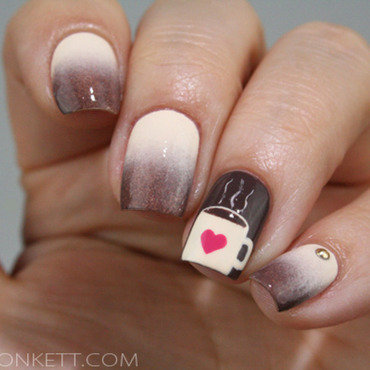 Chocolat chaud nail art by Mary Monkett