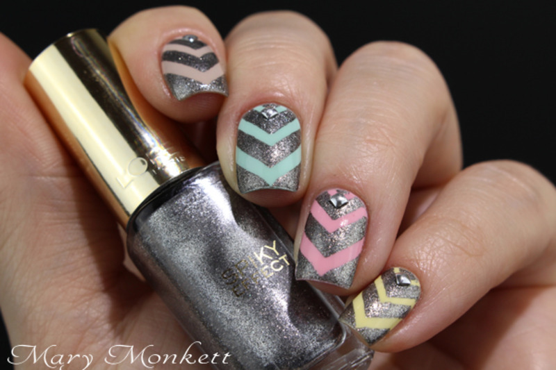 Chevrons Pour Coco Nail Art By Mary Monkett Nailpolis Museum Of