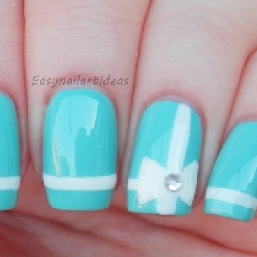 Tiffany's blue box inspired nail art nail art by Easynailartideas