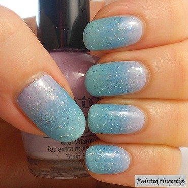 Delicate gradient nail art by Kerry_Fingertips