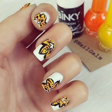 Yellow flowers nail art by NailGals