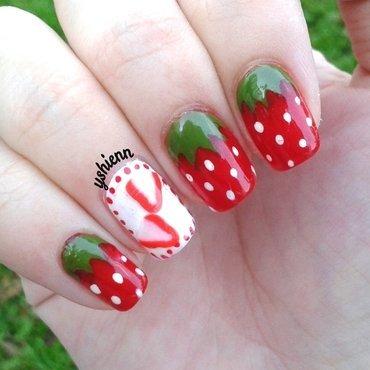 Strawberry thumb370f