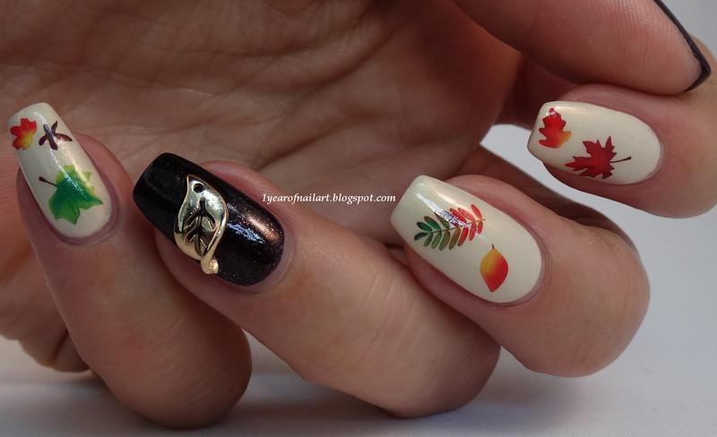 Fall nails nail art by Margriet Sijperda