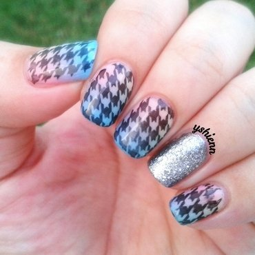 Houndstooth nail art by Shien