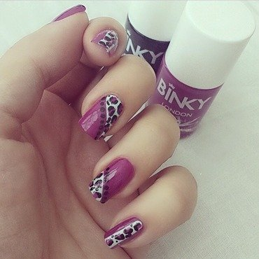 Purple Leopard print nail art by NailGals