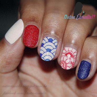 Navy nail art by Tatiane