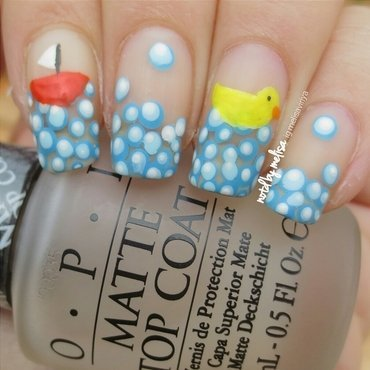 Bubble Ducky nail art by melisa viriya