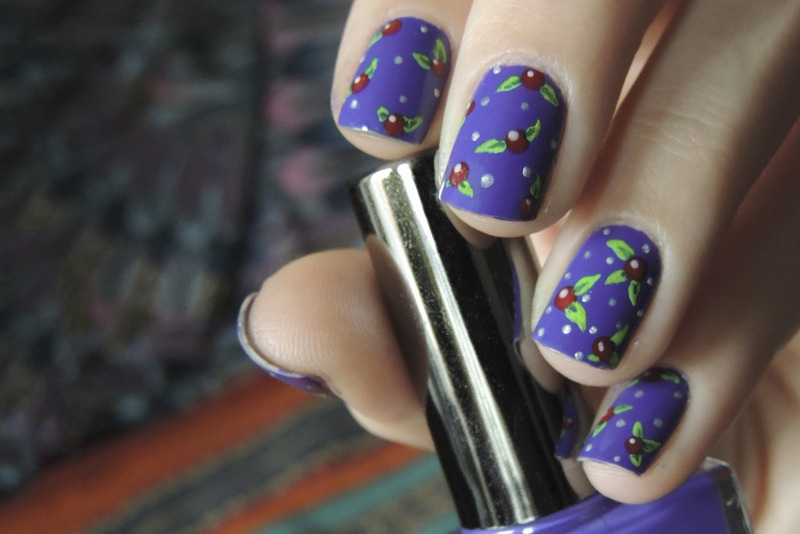 In violet nail art by Magdalena
