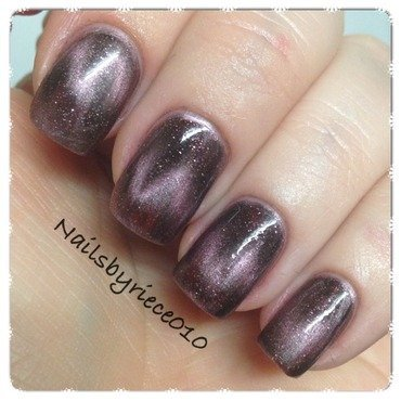 Make-Up Academy, Magnetic nails Piccadilly Circus Swatch by Riece