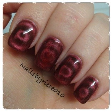 Make-Up Academy, Magnetic nails Park Lane Swatch by Riece