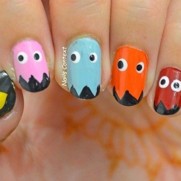 PAC-MAN nails nail art by NailsContext