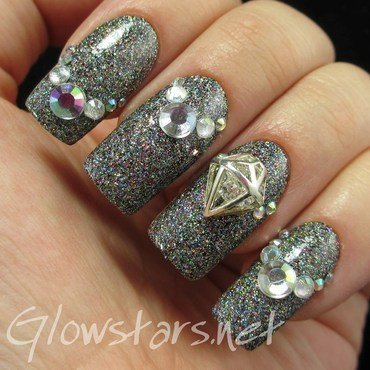 The Digit-al Dozen does thankfulness: bling nail art by Vic 'Glowstars' Pires