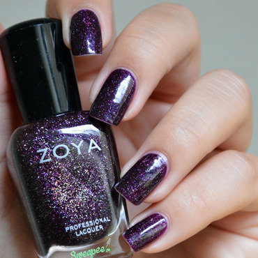 Zoya Payton Swatch by Sweapee