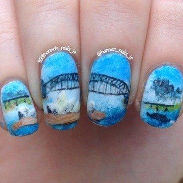 Sydney Harbour nail art by Hannah