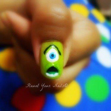 Mike Wazowski nail art by Vidula Kulkarni