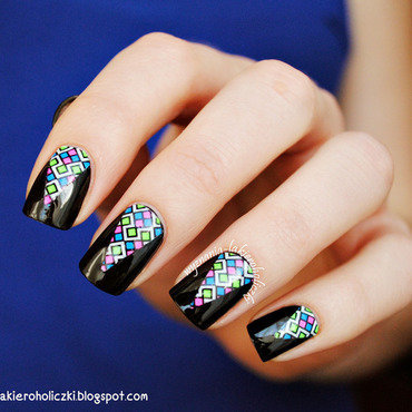 Squares in triangles nail art by Olaa