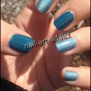 Nail Art : Bicolore & Holographique nail art by SowNails
