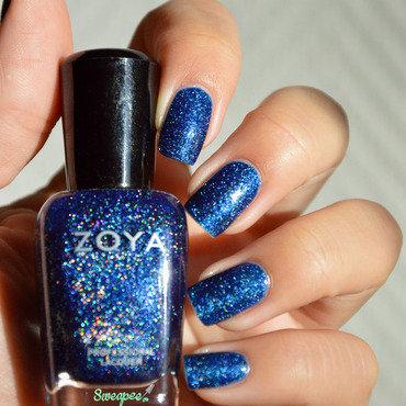 Zoya dream1 thumb370f