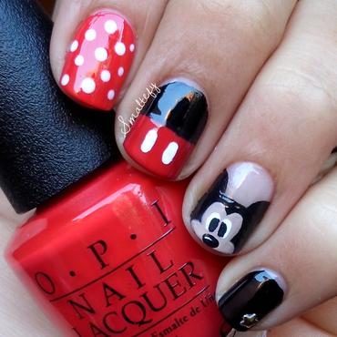 Hey Mickey nail art by stefanny ayala