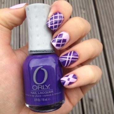 violett ahead nail art by mademoisellenicole