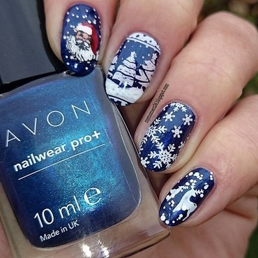 Christmas nail art by T. Andi