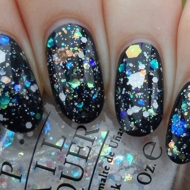 OPI Snow Globetrotter Swatch by Plenty of Colors