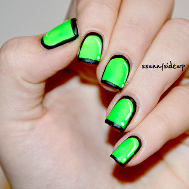 Neon green comic nails nail art by ssunnysideup (Sabrina)