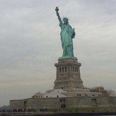 NailGals in NYC - Statue of Liberty nail art by NailGals
