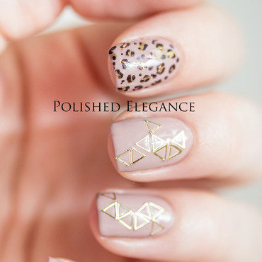 Golden Leopard nail art by Lisa