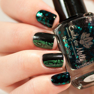 Mix and match black and green mani nail art by Zara TracesOfPolish