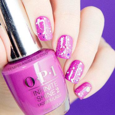 So shiny nail art by Temperani Nails