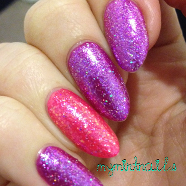 Starlet & Socialite nail art by MyMintNails