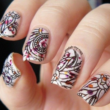Awesome Arabesque Stamping Nails nail art by Born Pretty