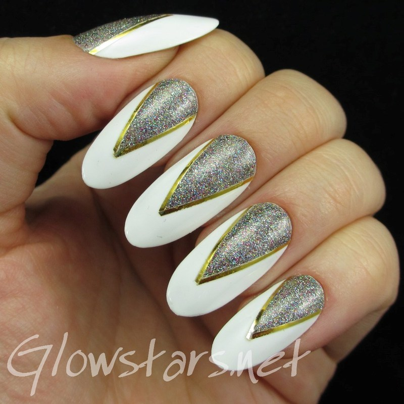 Glitter triangles on white nail art by Vic 'Glowstars' Pires