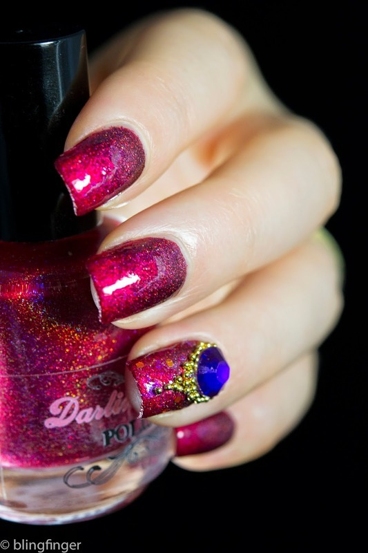 Red Holo Gradient nail art by  Petra  - Blingfinger