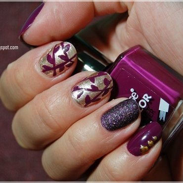 Purple autumn nail art by Oana Chiciu
