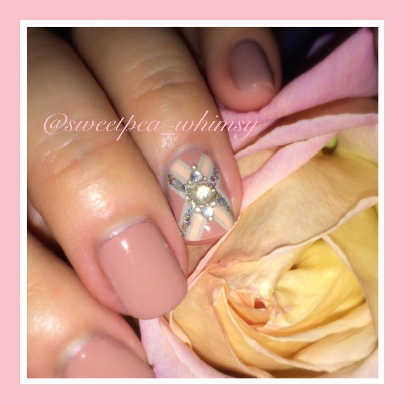 Nude Neutral (Closeup) nail art by SweetPea_Whimsy