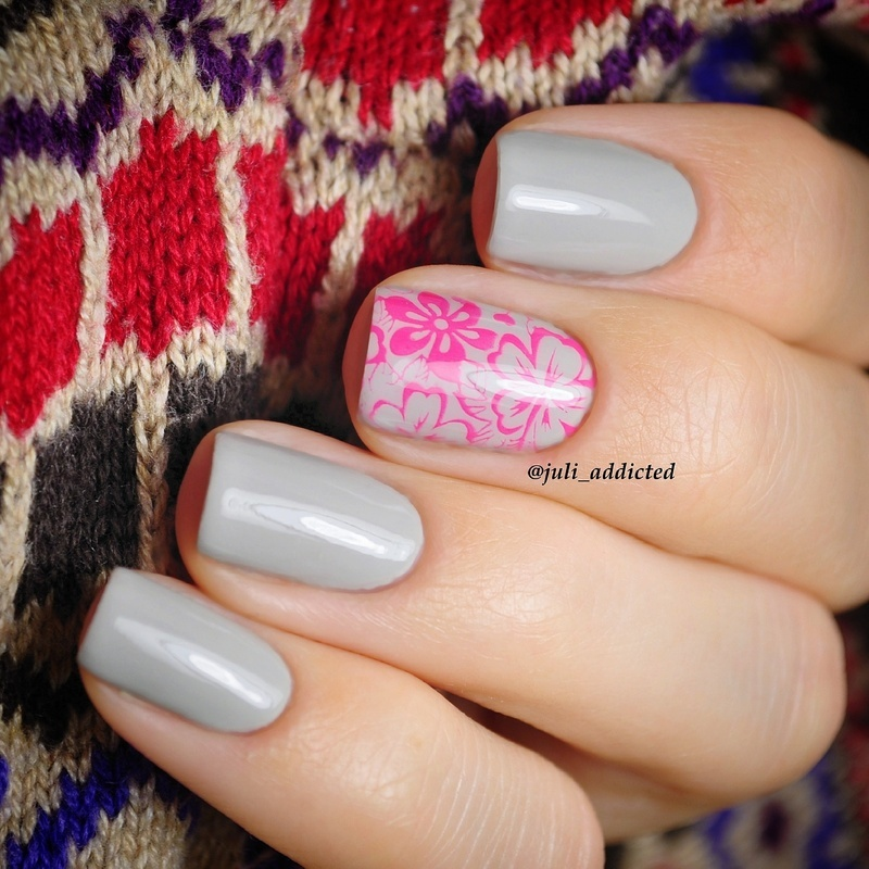 #42 nail art by Juli